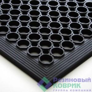 Резиновые накладки на ступени Ячеистая
